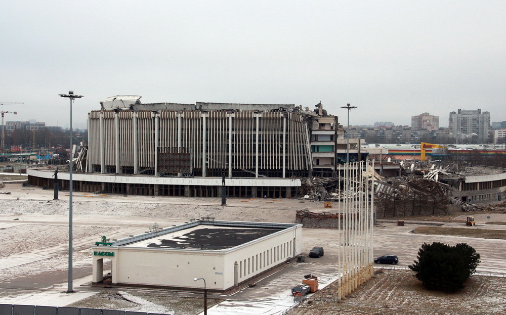 СКК на проспекте Юрия Гагарина после обрушения