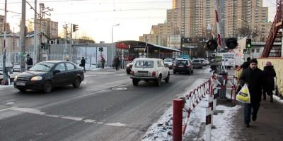 Переезд на Скобелевском проспекте