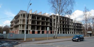 Зеленогорск, недостроенное здание на проспекте Ленина