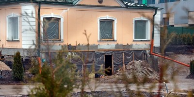 Главный корпус хозяйственного двора на Крестовском проспекте, 20, работы