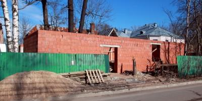 Ломоносов, улица Костылева, строительство на территории больницы