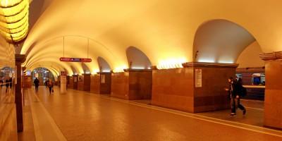 Станция метро Площадь Ленина