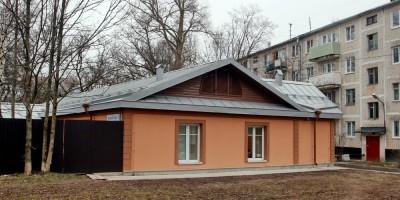 Красное Село, улица Лермонтова, 22, корпус 1, ветеринарная станция, боковой фасад