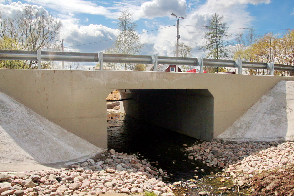 Александровская, Волхонское шоссе, мост