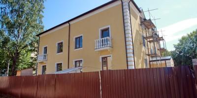 Ломоносов, Михайловская улица, дом 13, боковой фасад