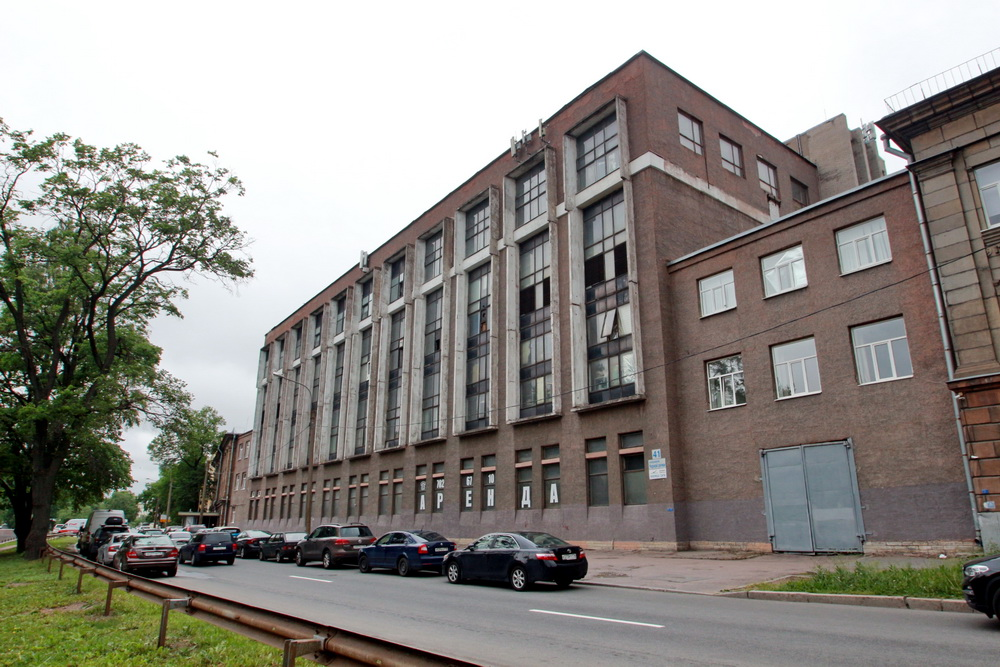 Набережная Черной речки, 41, здание