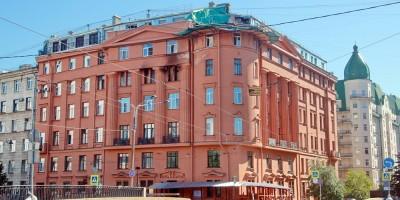 Дом Чубакова на набережной реки Карповки, 30