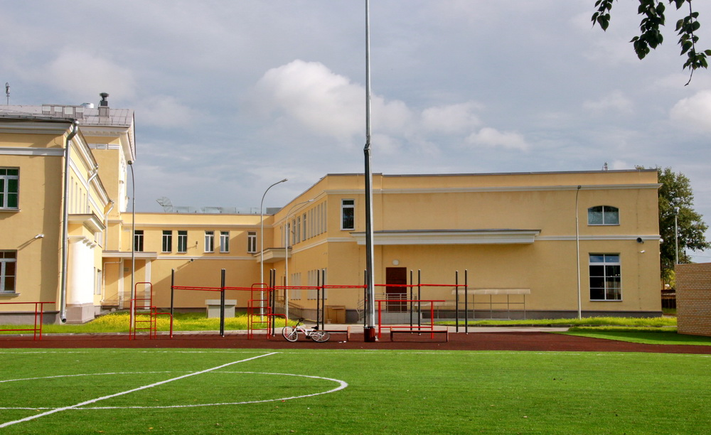 Сергиево, школа на Российском бульваре, 4, пристройка спортзала