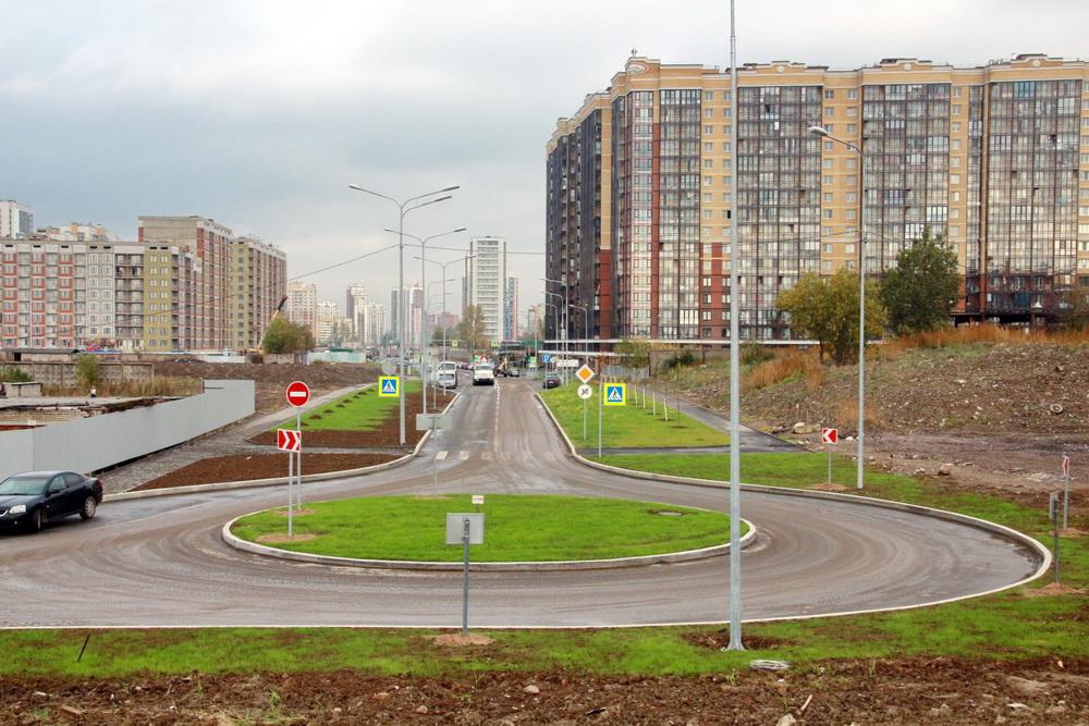 Среднерогатская улица, тупик-кольцо