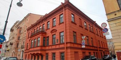 Дом Соловейчика на улице Репина после ремонта