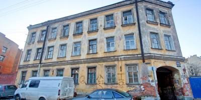 Дом на улице Печатника Григорьева