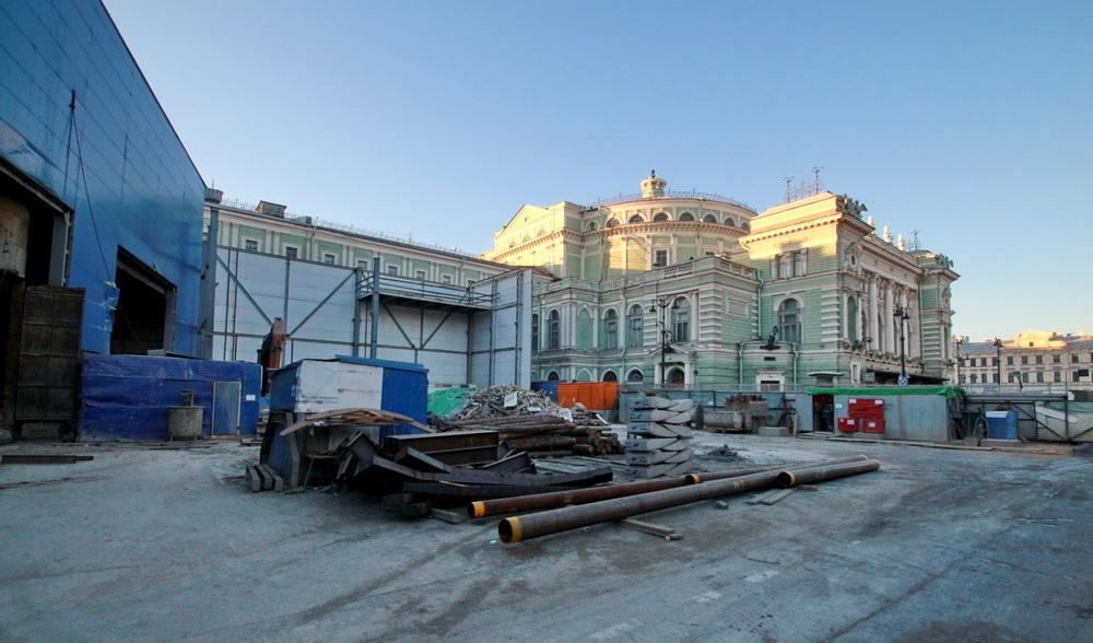 Стройплощадка станции метро Театральная у Мариинского театра