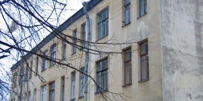 Дом фон Нидермиллера на 1-й линии Васильевского острова, 26, флигель на улице Репина