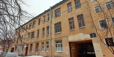 Улица Репина, задний фасад дома фон Нидермиллера на 1-й линии Васильевского острова, 26