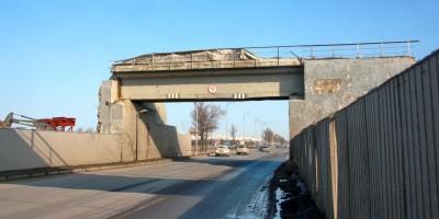 Демонтаж железнодорожного путепровода над Пулковским шоссе