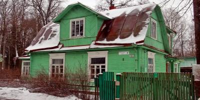 Павловск, улица Красного Курсанта, дом 2