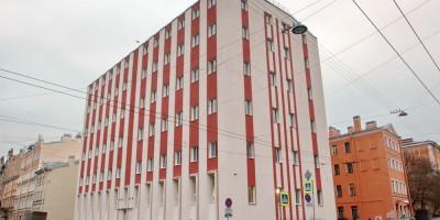 Здание на углу 7-й Советской и Мытнинской улиц