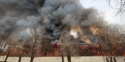 Октябрьская набережная, 50, пожар на фабрике Торнтон