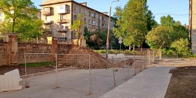 Каранин переулок у перекрестка с улицей Невзоровой