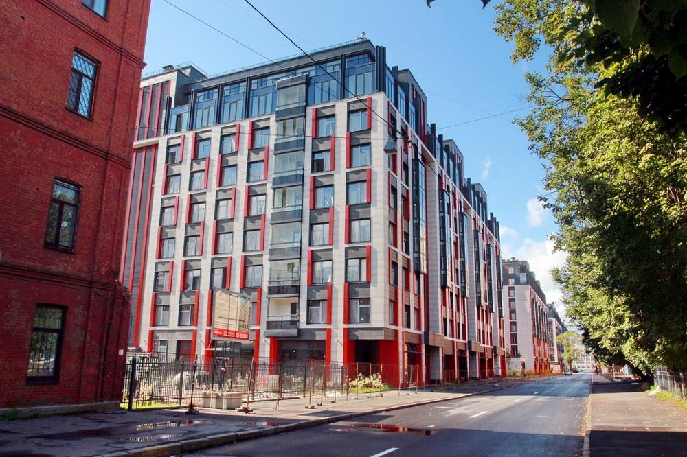 Улица Александра Матросова, дома 3 и 1