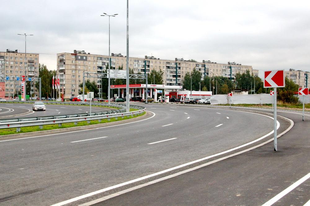 Софийская улица, изгиб возле Колпина